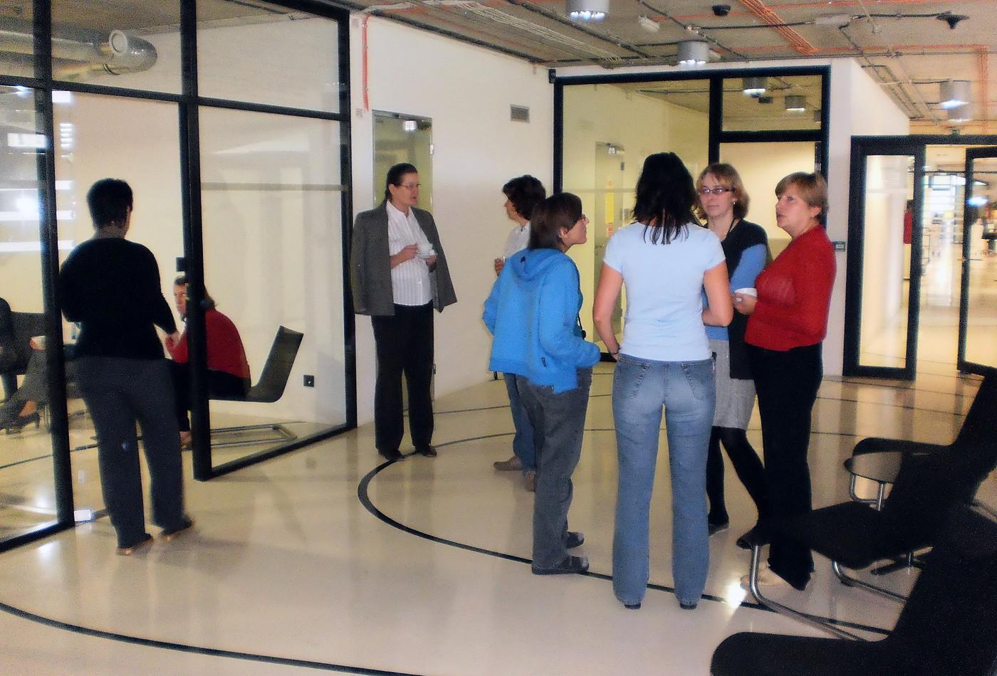 Účastníci semináře o přestávce