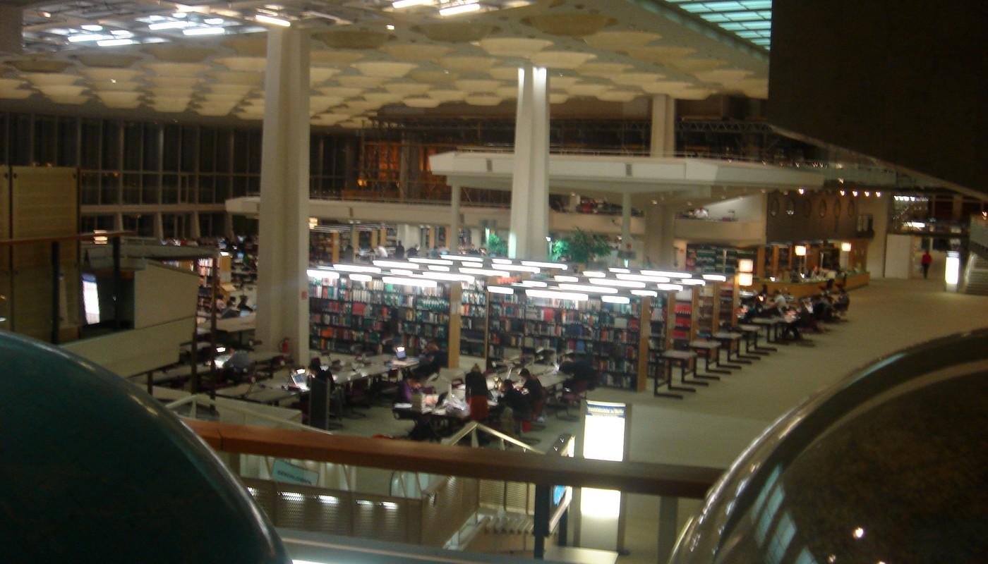 Otevřený prostor knihovny