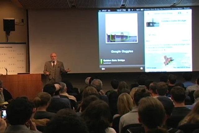Vint Cerf na půdě University v Los Angeles