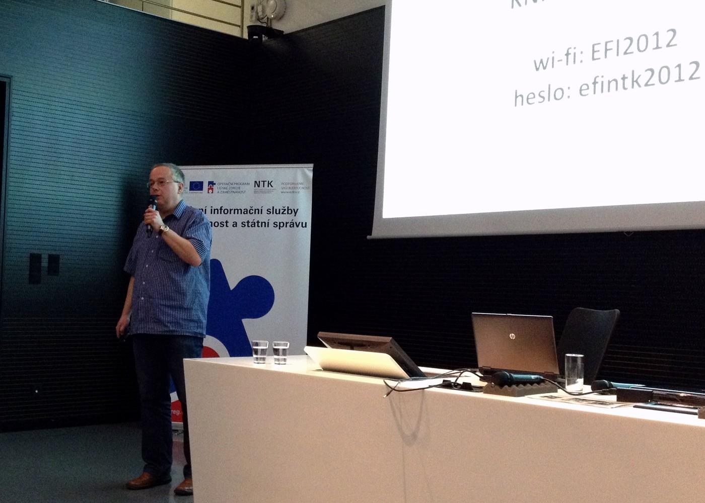 Richard Papík hovoří o problémech vědy, výzkumu a publikační činnosti