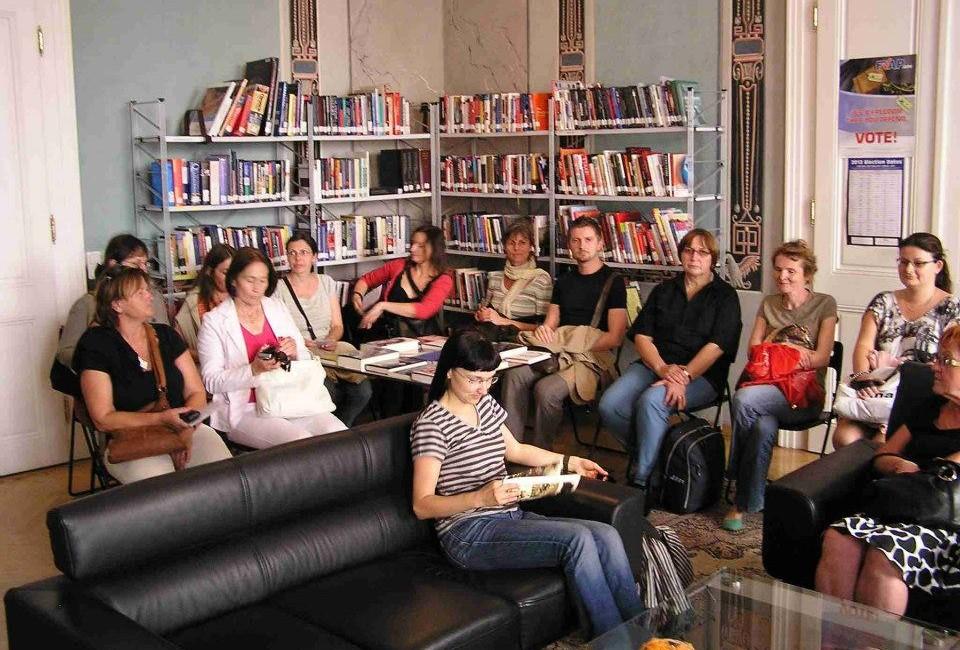Exkurze v knihovně Amerického centra