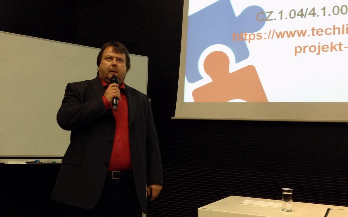 Marek Kocan účastníkům představil populární studijní systém Moodle