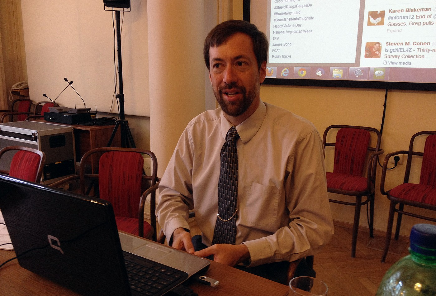 Profesor Greg R. Notess