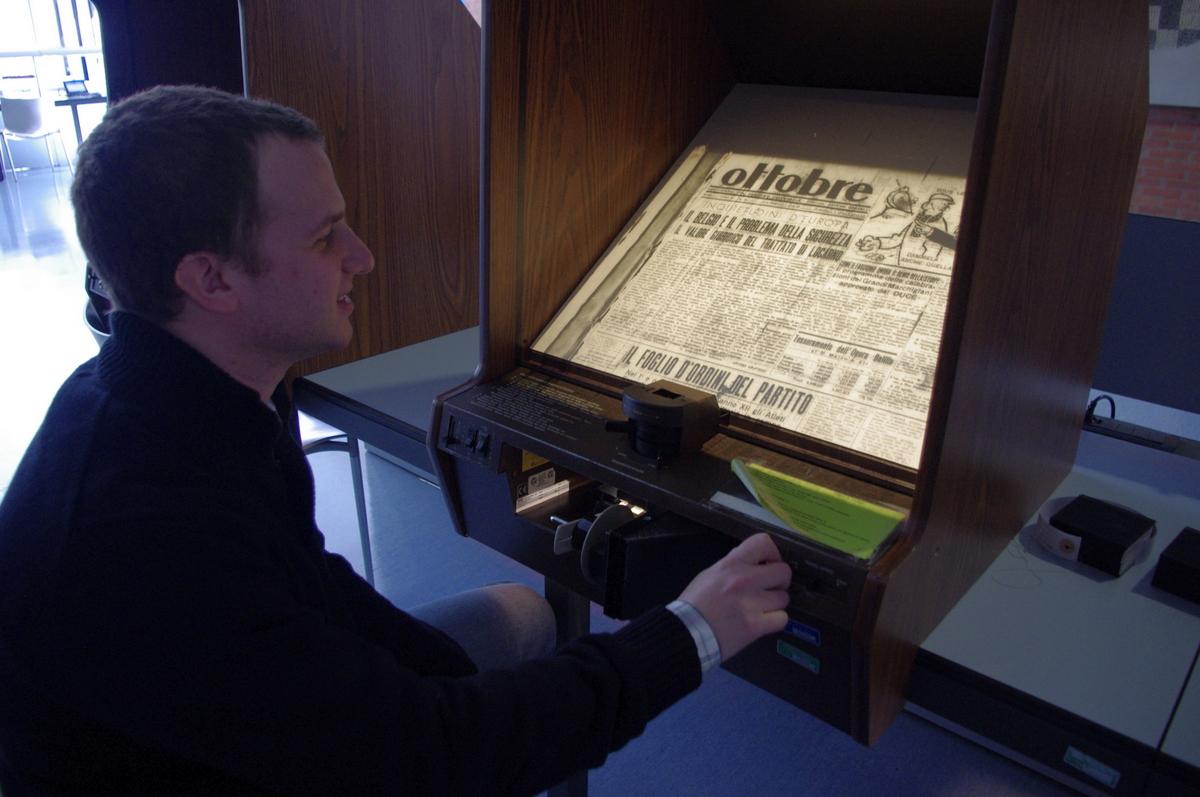 Prohlížečka mikrofilmů