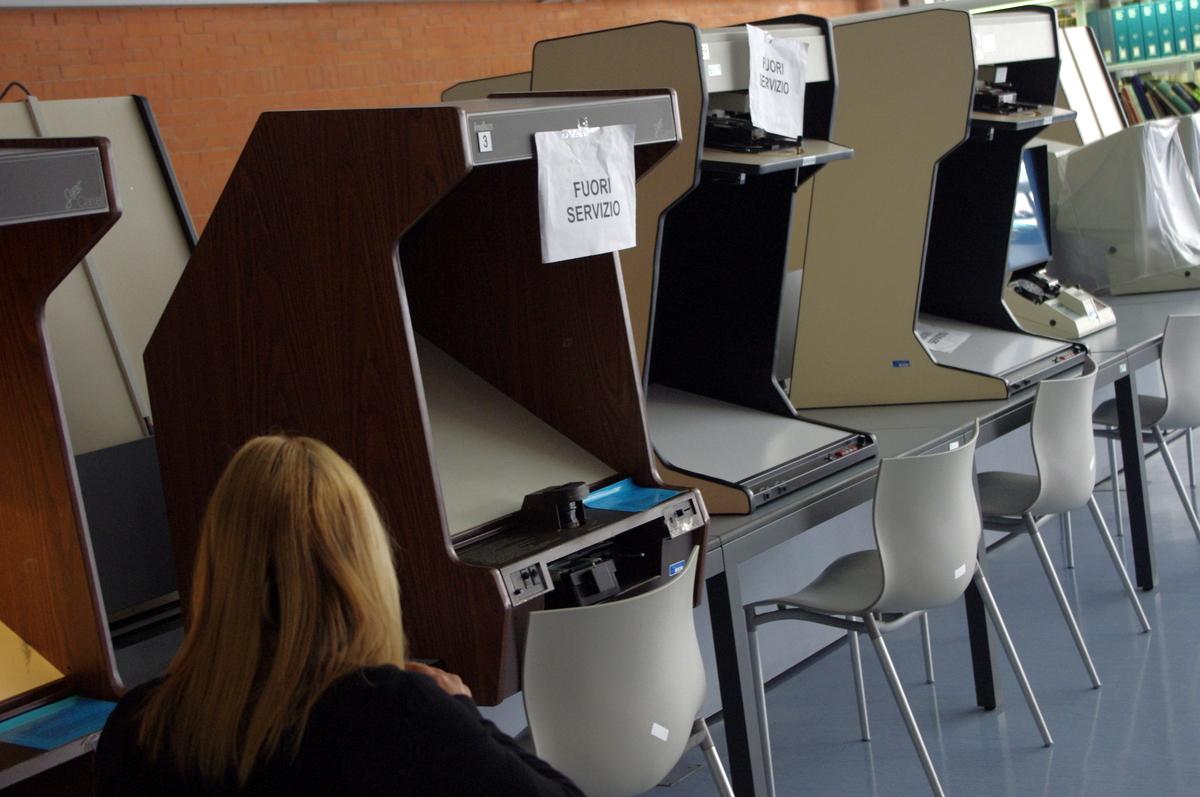 Nefunkční prohlížečky mikrofilmů