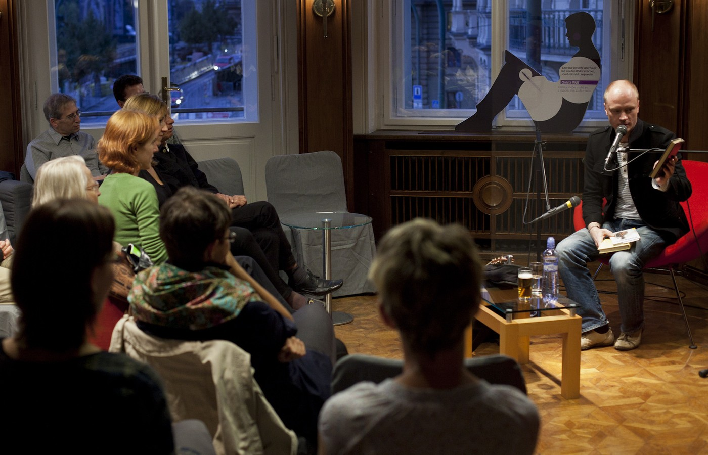Setkání čtenářů se čtenáři pod taktovkou Jana Budaře