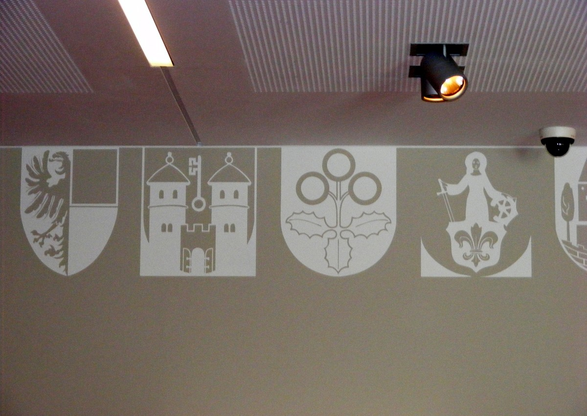 V havní cihlové budově Landesarchivu v Magdeburgu najdeme výzdobu inspirovanou historickými prameny