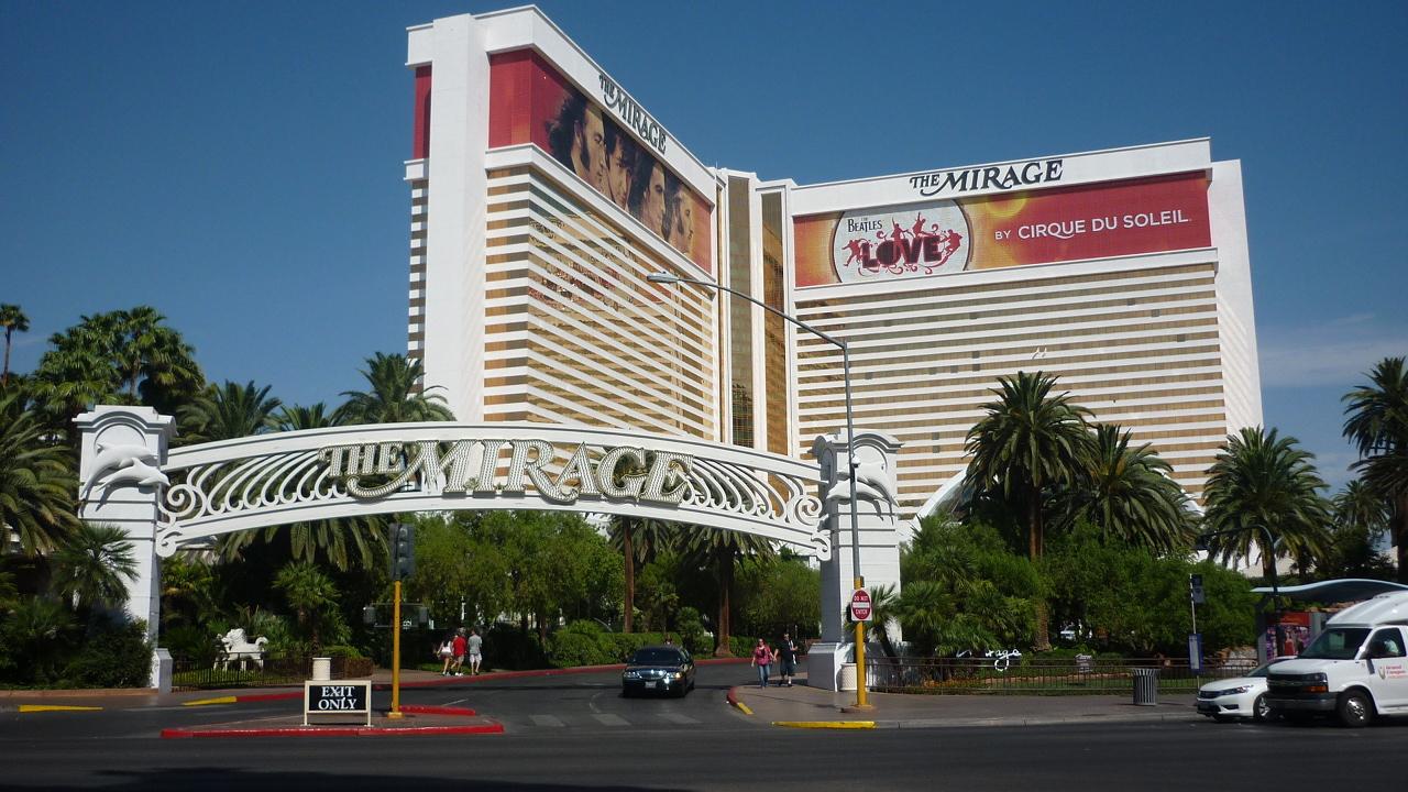 Domovem konference se na čtvrtý červencový týden stal kongresový hotel The Mirage v horkém Las Vegas