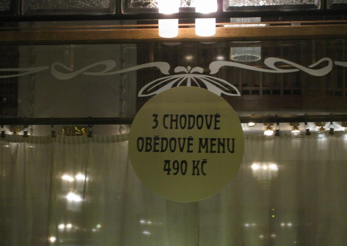 Obědové menu na hranici kanibalismu