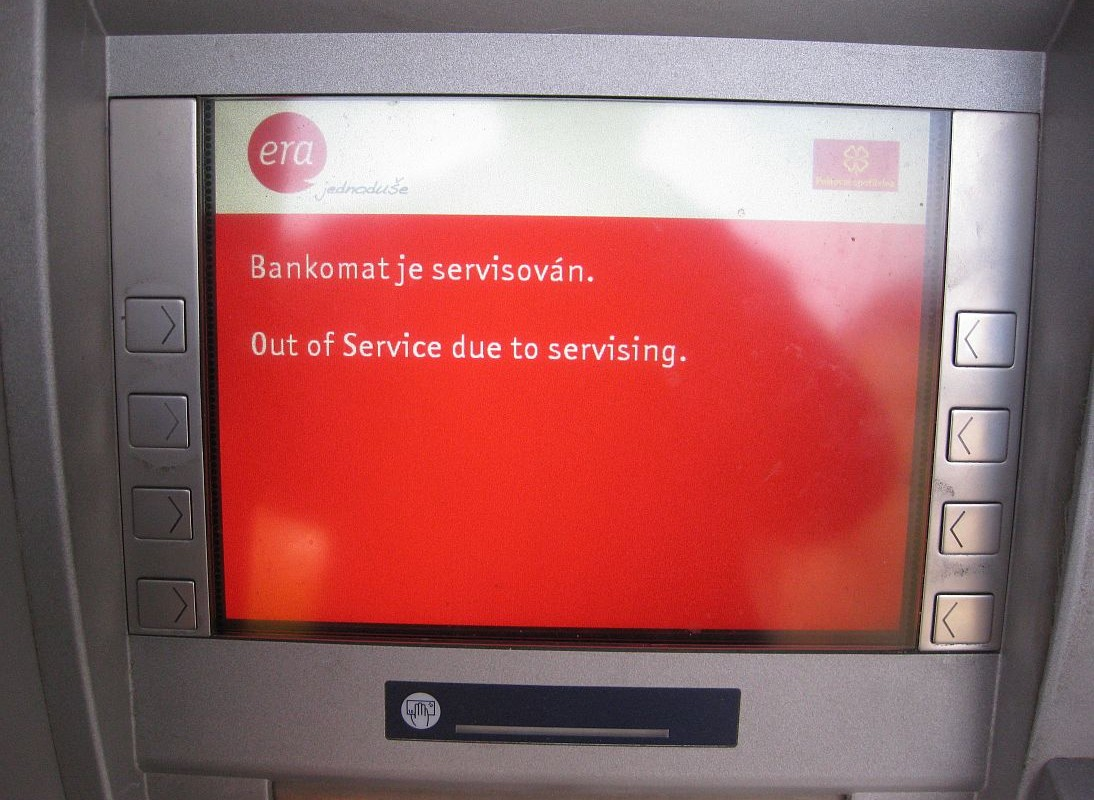Bankomat je servisován