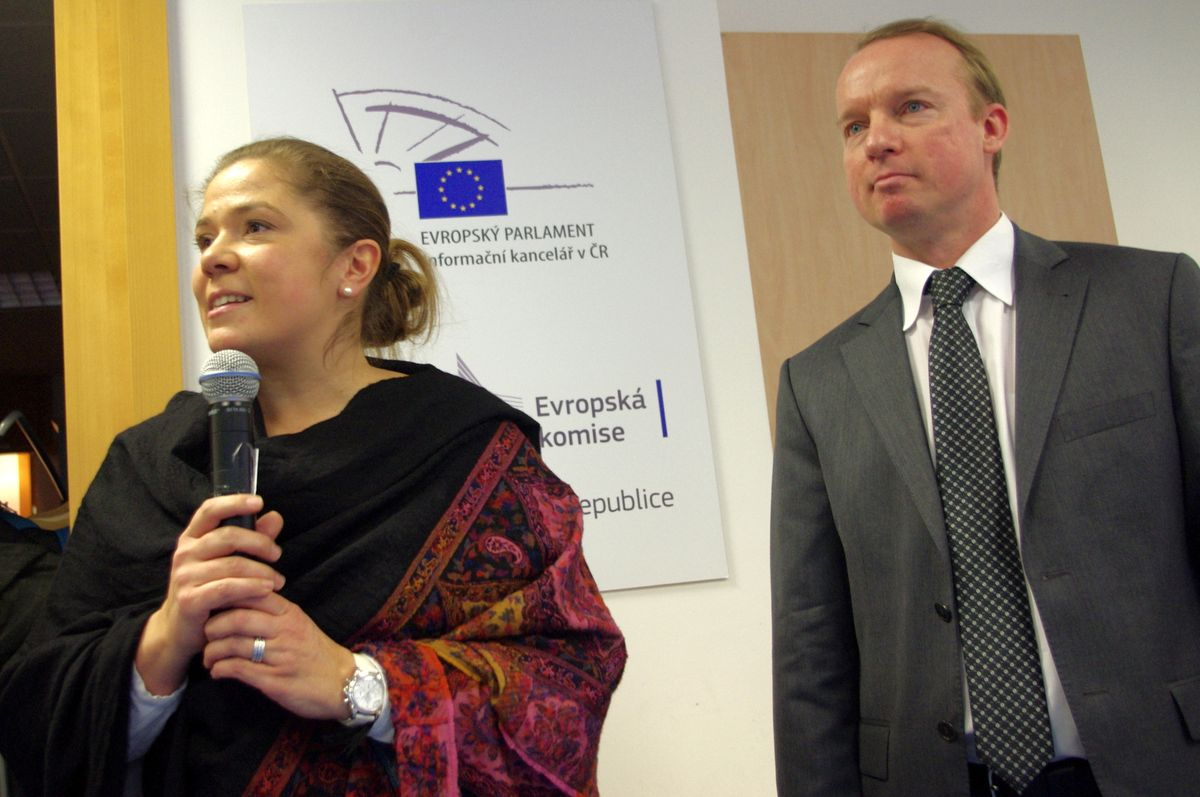 Veronika Bajgarová a Niklas Bennwik