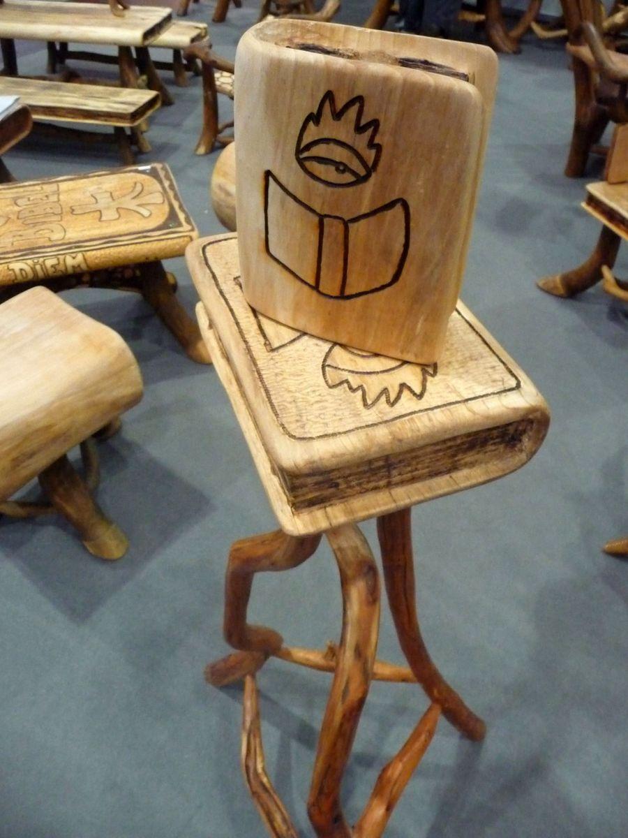 Dřevěné knihy