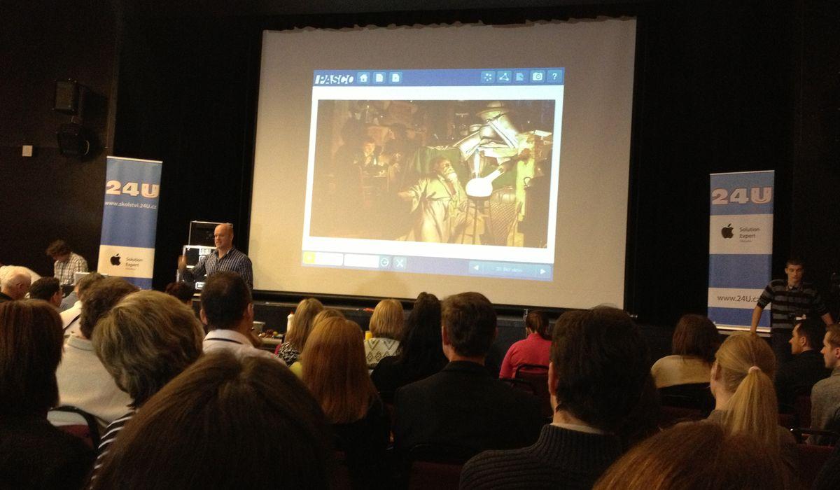 Dr. Michael Londesborough hovoří o pokusech Henniga Branda