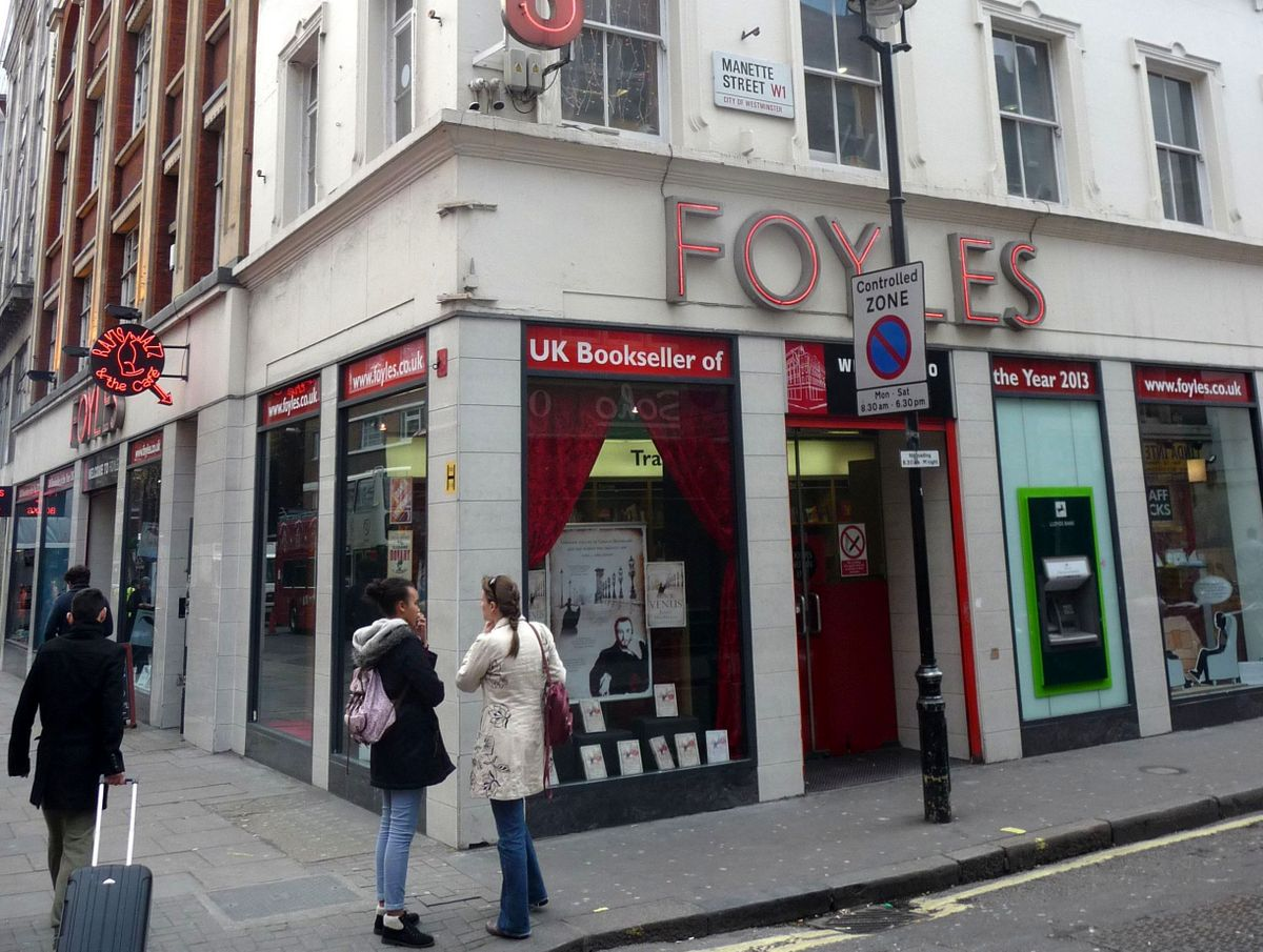 Nejprestižnější londýnské knihkupectví Foyles