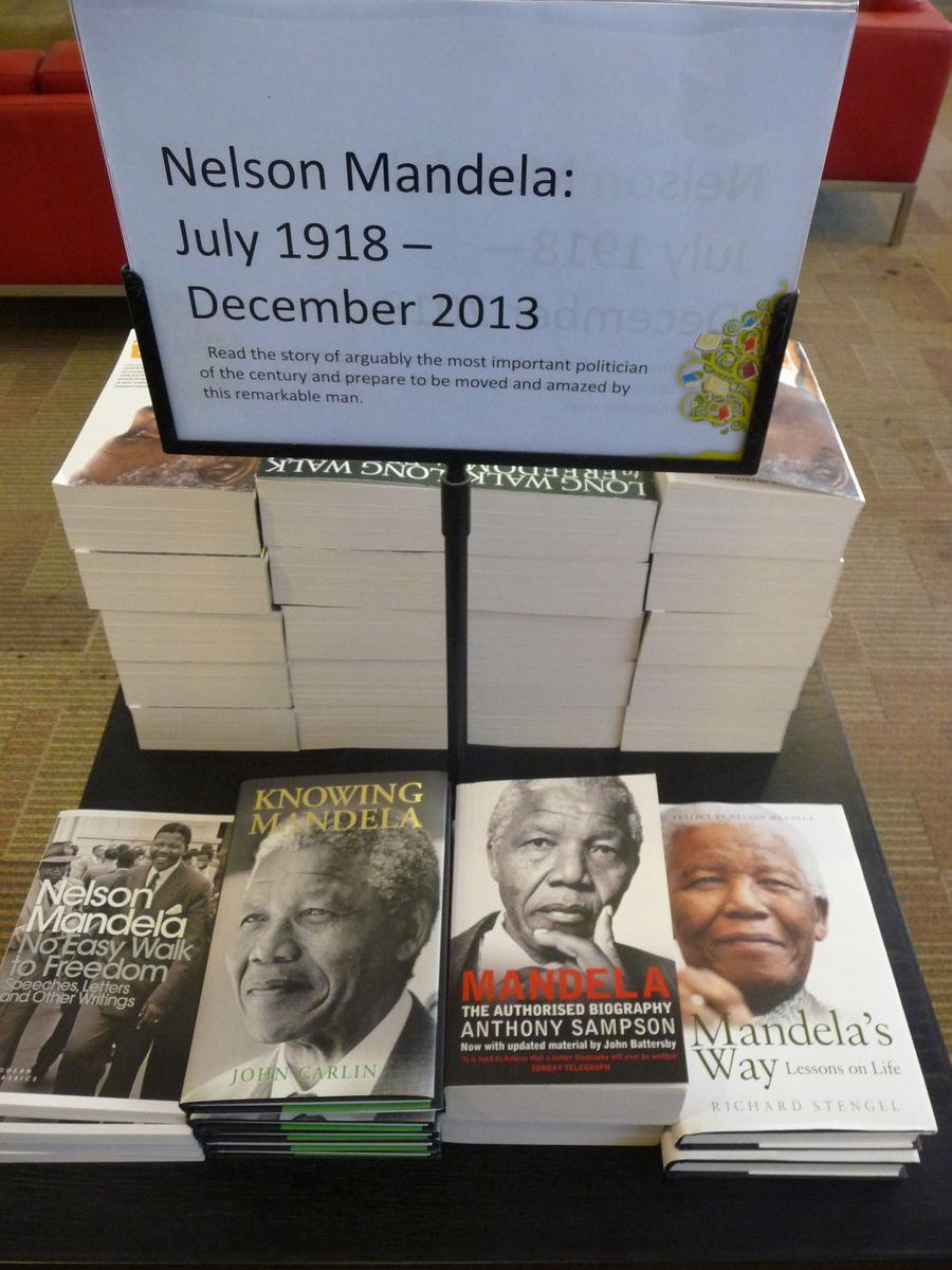 Knihy o Nelsonu Mandelovi