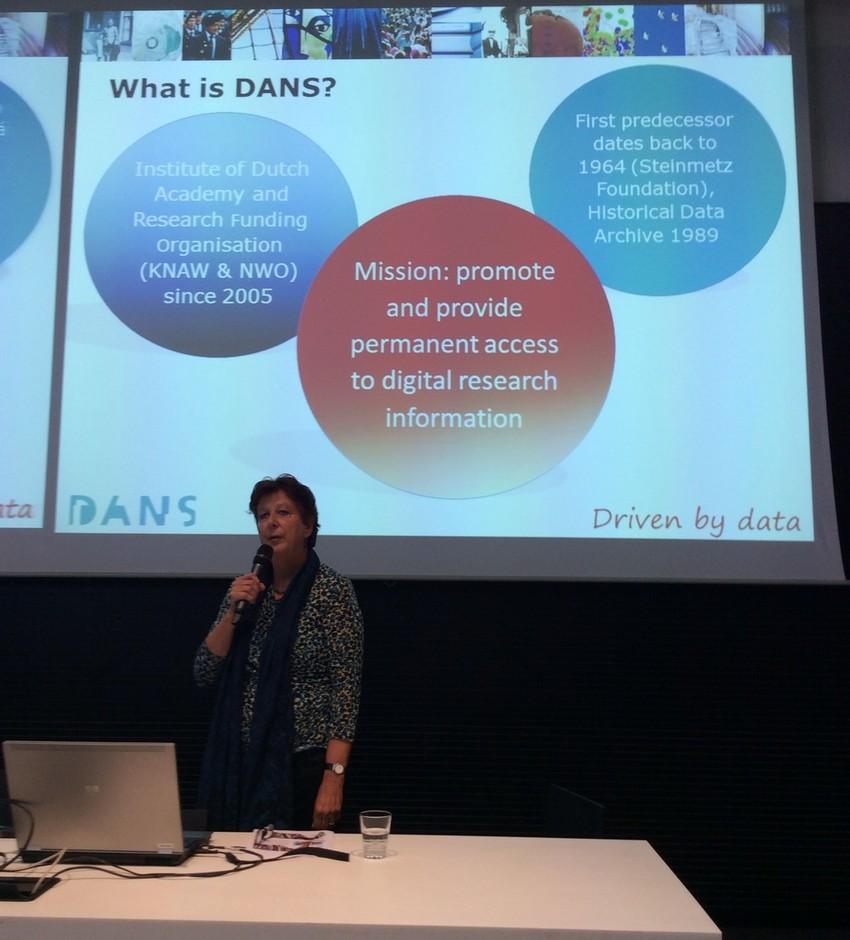 Elly Dijk představuje systém DANS