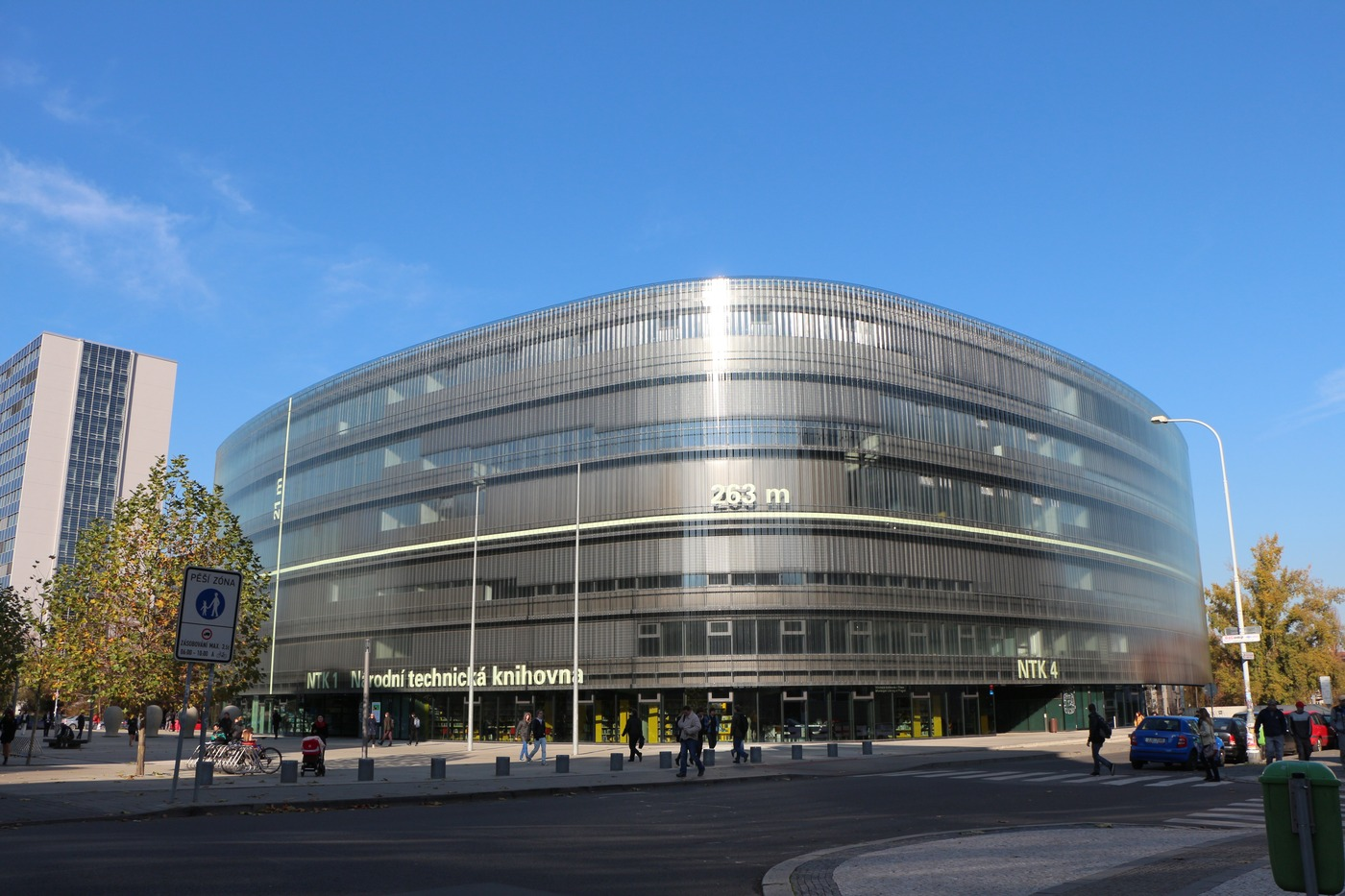 Budova Národní technické knihovny