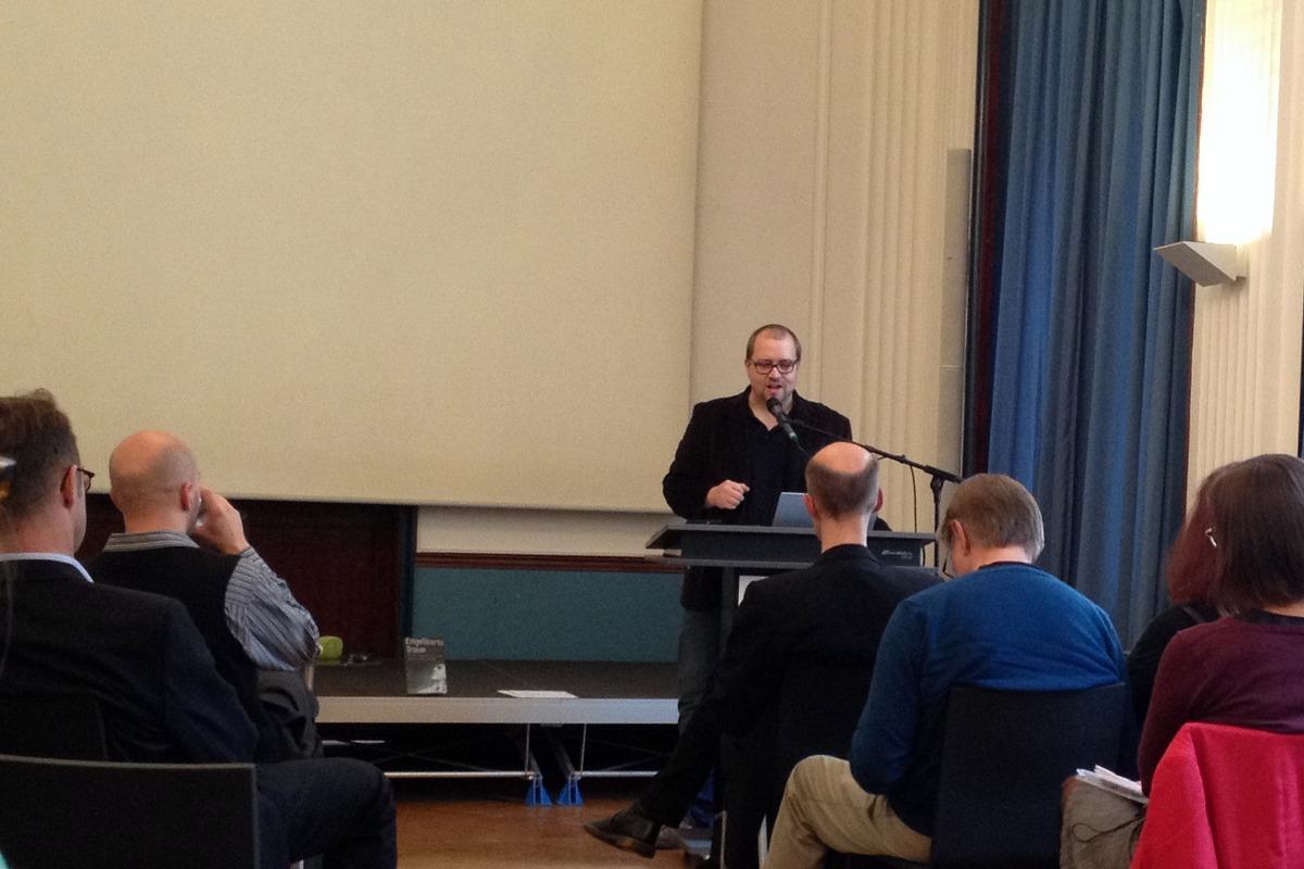 Volker Oppmann představil sociální platformu log.os