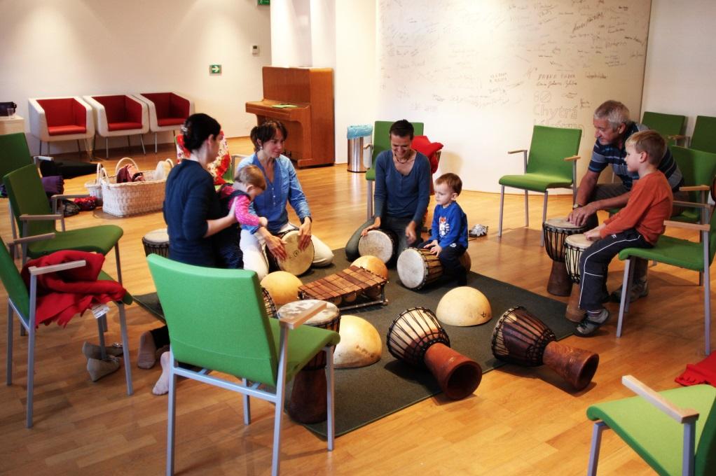 Malý společenský sál – muzikoterapie