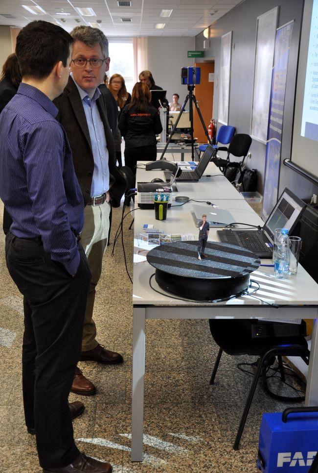 Dirk Rieke-Zappe ukazuje nové možnosti skenování systému AICON