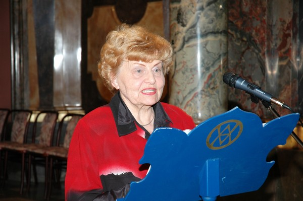 Dr. Jarmila Burgetová