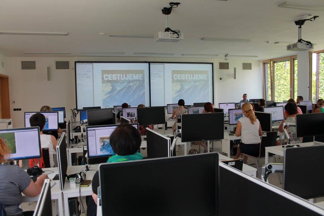 Přednášky a workshopy