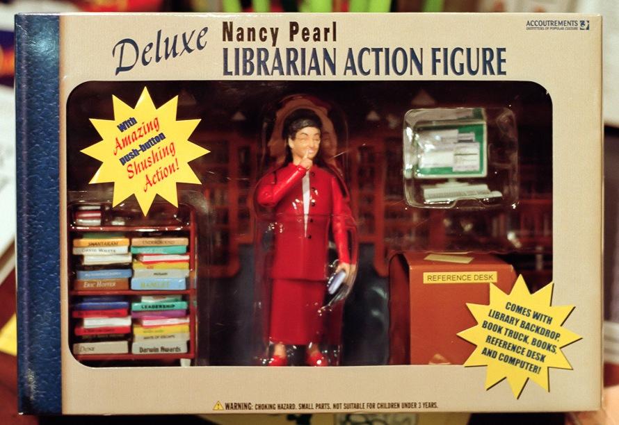 Akční figurka knihovnice - deluxe edice