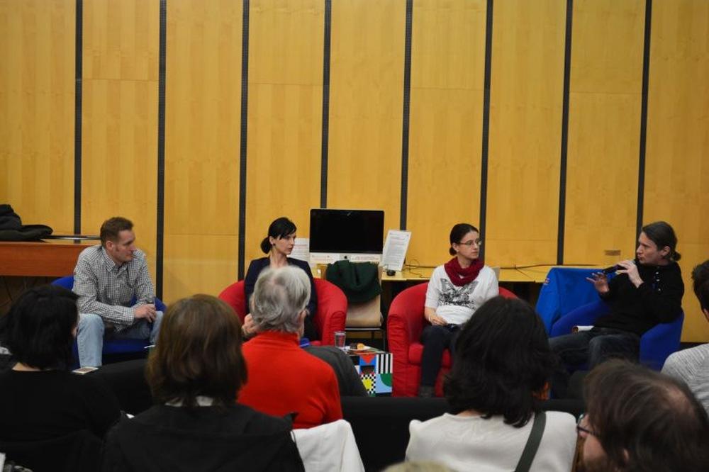 Účastníci diskuse Kniha vs. digitál