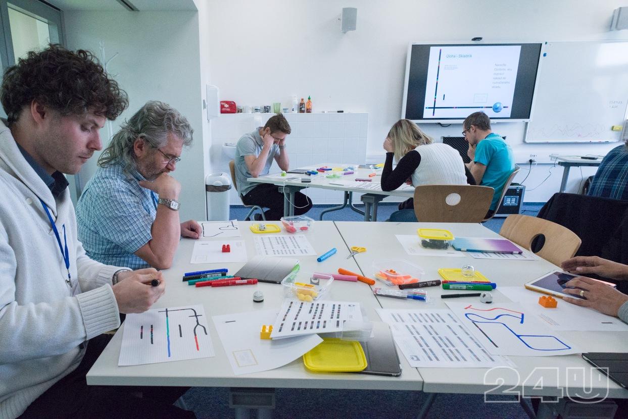 Odpolední workshopy - programování Ozobotů