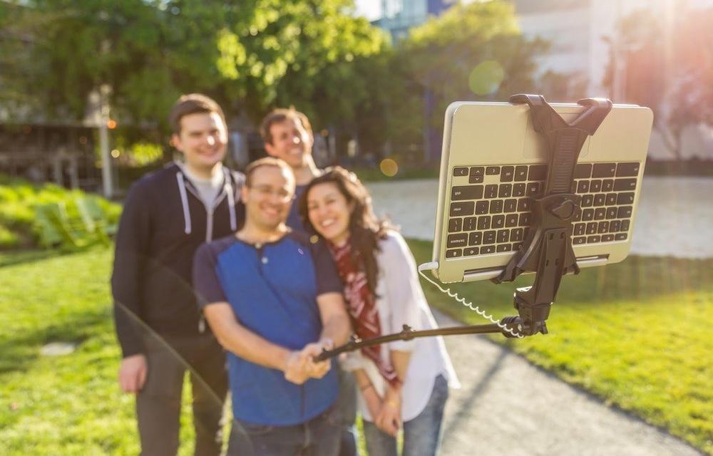 Selfie tyč pro Google Chromebooky