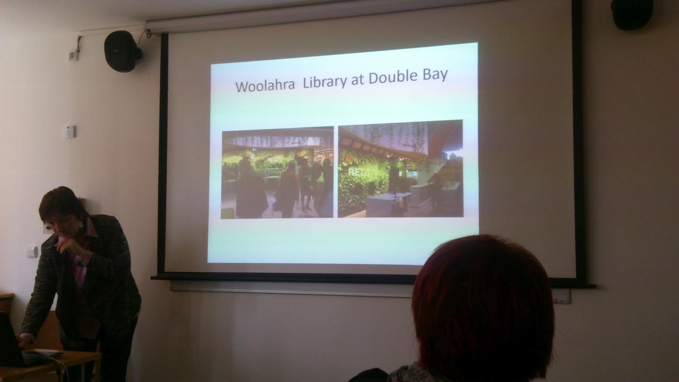Prezentace věnovaná knihovně Woolahra Library at Double Bay