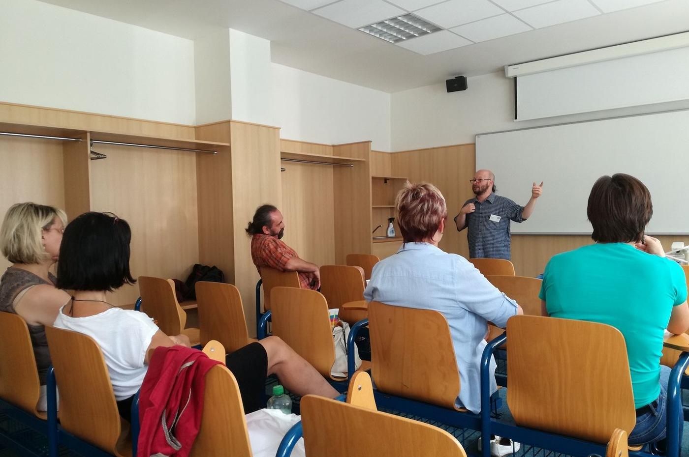 Úvodní přednáška o etických aspektech práce informačního pracovníka (Marek Timko)