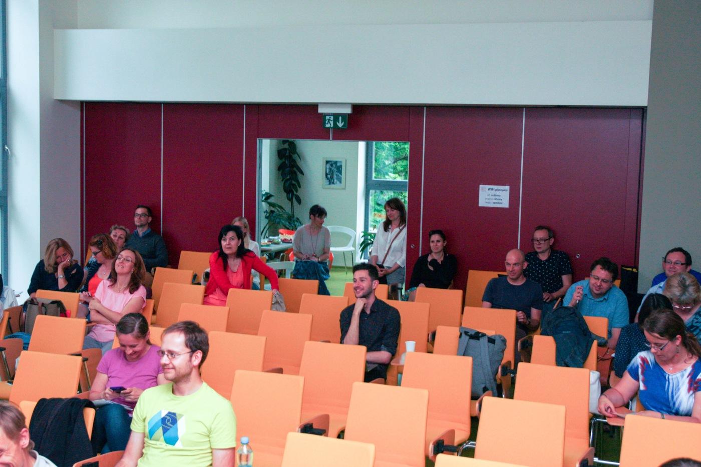 Uvolněná atmosféra v publiku