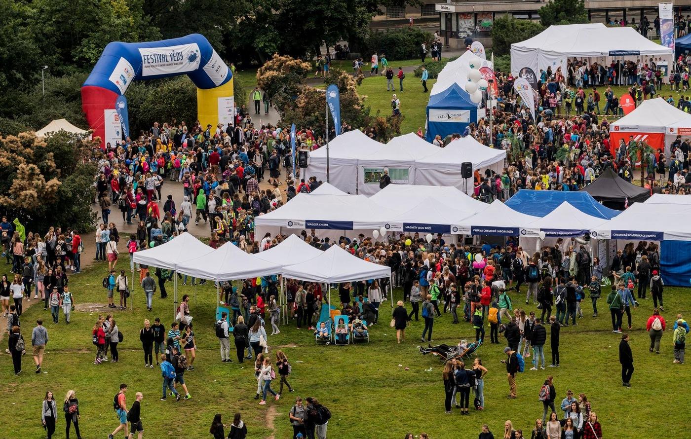 Festival vědy 2017 z ptačího pohledu