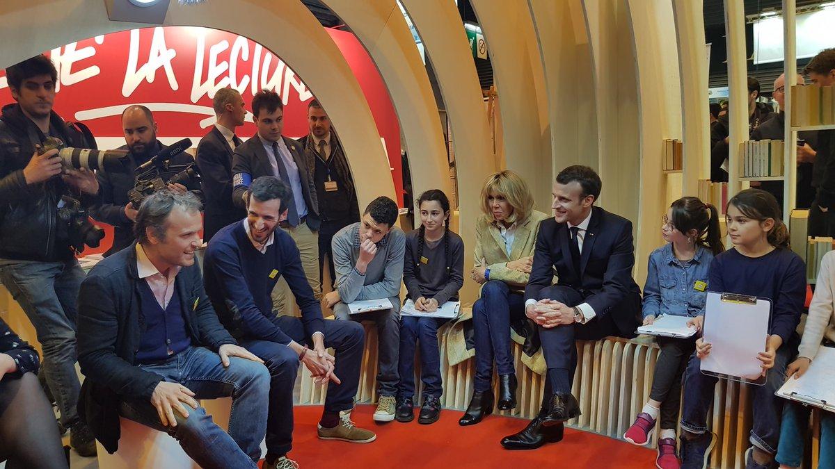 Zahájení festivalu se zúčastnil i francouzský prezident Emmanuel Macron