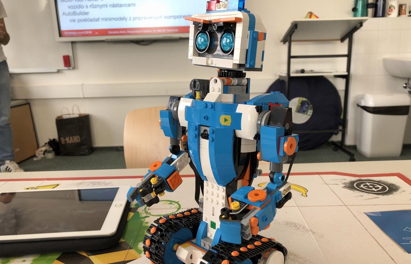 Workshop Miroslava Alexoviče věnovaný LEGO robotům a blokovému programování