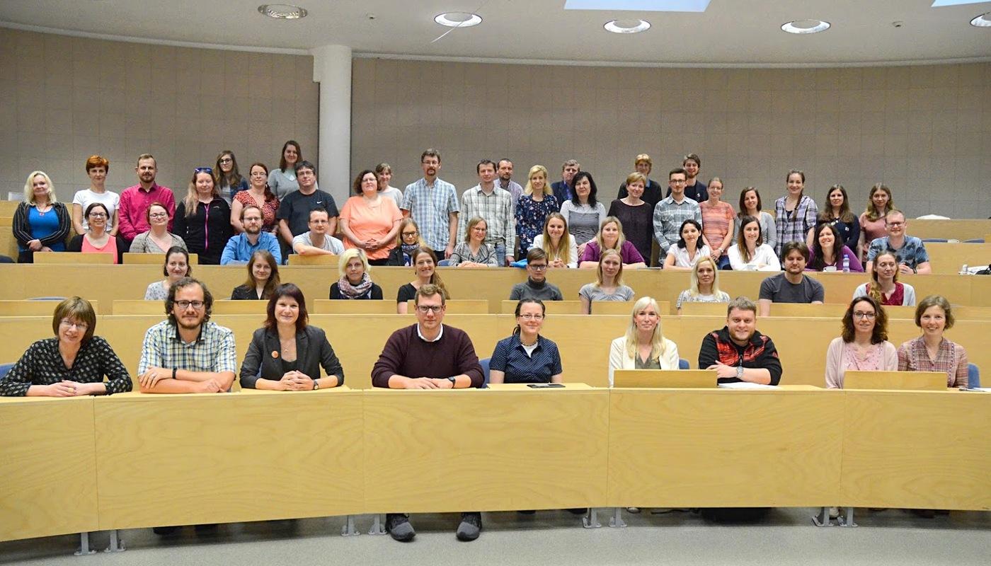 Společné foto účastníků semináře Otevřené repozitáře 2019