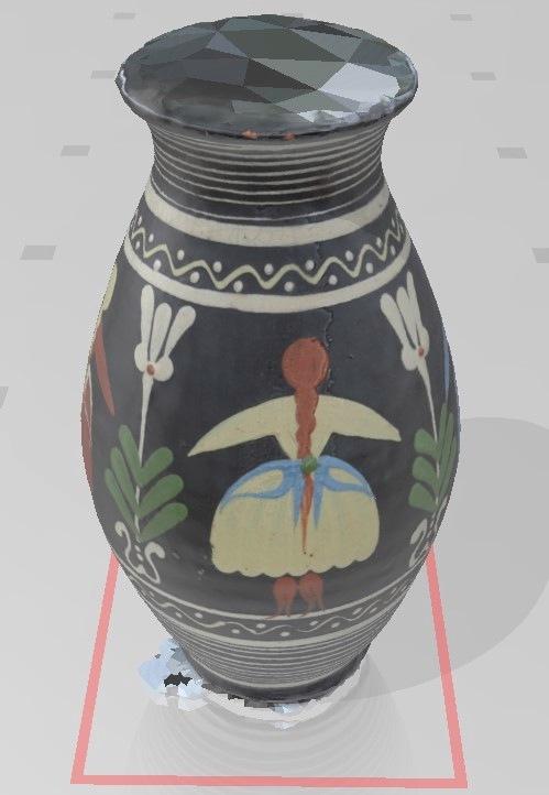 Obrázok 4: 3D model vázy získaný pomocou fotogrametrie
